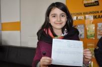 BANKA MÜDÜRÜ - Minik Öğrenciler Harçlıklarını Mehmetçik Vakfı'na Bağışladı