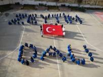 TÜRK BAYRAĞI - Öğrencilerden 'Zeytin Dalı Herakatı' Mesaj