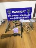 DÖNER BIÇAĞI - Polisin Durduğu Araçta Uyuşturucu Ve Silah Ele Geçirildi