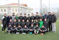 OSMAN KıLıÇ - Sakaryaspor Altyapıdan 5 Sporcu İle Profesyonel Kontrat İmzaladı