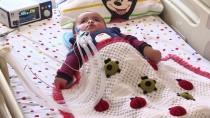 YOĞUN BAKIM ÜNİTESİ - Solunum Cihazıyla Hayata Bağlanan Çocuğa Doğum Günü