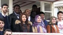 İSTİKLAL CADDESİ - Yabancı Öğrenciler 'Payitaht Abdülhamid' Setini Gezdi