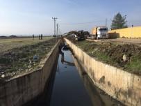 BATMAN BELEDIYESI - Yağmur Suyu Kanalı Temizlenip Üstü Kapatılacak
