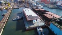 ŞİDDETLİ LODOS - Yüzer İskele Tuzla'da Denize İndirildi