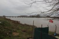 YUNANISTAN - AFAD Ekipleri, Meriç Nehri'ni Didik Didik Tarıyor