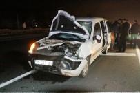 DEVLET HASTANESİ - Akhisar'da Trafik Kazası Açıklaması 2 Ölü