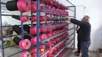 KIRAÇ - Atıl Durumdaki Okul Binasında Tekstil Ürünü Üretiyorlar