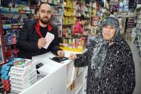 MURAT ARSLAN - Dükkanının Önünde Bulduğu 17 Bin Lirayı Sahibine Teslim Etti