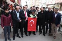 KIRAÇ - Karabük'te Esnafa Türk Bayrağı Dağıtıldı