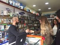 OSMAN İLHAN - Kırşehir Kent Konseyinden Ahi Esnafına Karanfilli Teşekkür
