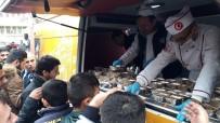 Kızıltepe'de Vatandaşlara Aşure İkramı