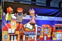 KUKLA TİYATROSU - Kukla Tiyatrosu Karacasulu Miniklerle Buluştu