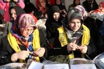 ÖMER TORAMAN - Mehmetçik İçin Örülen Atkı Ve Bereler Dualarla Gönderildi