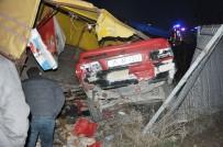 DEVLET HASTANESİ - Afyonkarahisar'da Trafik Kazası Açıklaması 2 Ölü