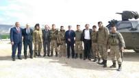 ÇIN SEDDI - AK Parti'li Baybatur Sınırda Mehmetçikle Buluştu