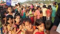 ARAKANLI MÜSLÜMANLAR - Arakanlı Çocuklar İlk Kez Parkla Tanıştı