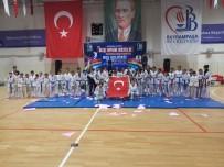 SEMİH ERDEN - Bayrampaşa'da Kış Spor Okulları Başladı