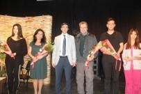 TIP ÖĞRENCİSİ - Belediyeden Uyuşturucuya Karşı Tiyatro Gösterisi