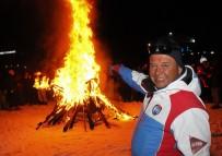 FEDERASYON BAŞKANI - Federasyona Kızan Kayak Hocaları 40 Bin Liralık Kayak Takımı Yaktı