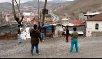 BASKETBOL - Hakkarili Çocuklar Başkan Epcim'den Basketbol Potası İstediler