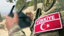 SURİYE ORDUSU - Mehmetçik tünellerde terörist avında