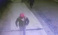 AİLE HEKİMİ - Bahçelievler'de Doktora Saldıran 3 Kişi Kameralara Yakalandı