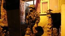 ŞAFAK VAKTI - Uyuşturucu Satıcılarına Şafak Operasyonu