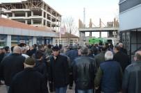 ADLİ TIP KURUMU - Yanarak Ölen Kadının Cenazesi Defnedildi