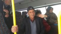 YOLCU MİNİBÜSÜ - Adıyaman'da Yolcu Minibüsü Kara Saplandı
