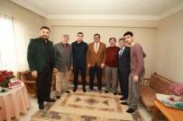 İBRAHIM KARAOSMANOĞLU - Başkan Karaosmanoğlu'ndan Afrin Gazisine Ziyaret