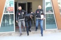 KİRALIK ARAÇ - Çaldıkların Otomobilin Sefasını Süremeden Yakalandılar
