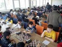 İL MİLLİ EĞİTİM MÜDÜRLÜĞÜ - Erzincan'da Satranç Yıldızlar Ve Gençler Takım Turnuvası Sona Erdi