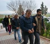 ŞAFAK VAKTI - Evlerinde PKK'lıların Fotoğrafları Çıktı