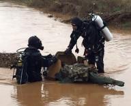 Şehit Askerlerin Naaşı Hastaneye Getirildi
