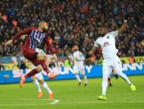 GÖKHAN İNLER - Spor Toto Süper Lig Açıklaması Trabzonspor Açıklaması 0 - Medipol Başakşehir Açıklaması 1 (İlk Yarı)