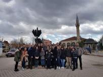 KARADIĞIN - 30 Farklı Ülkeden Öğrenci Aslanapa'yı Ziyaret Etti