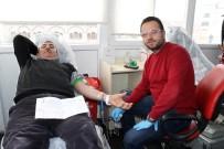 Akdağmadeni'nde Kan Bağışına Yoğun İlgi