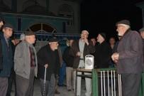 Ayvacık'tan 26 Kişi Umre'ye Gitti