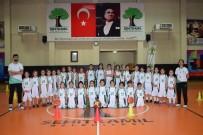 SIHIRLI DEĞNEK - Basketbol, Küçük Kızın Hayatına Renk Kattı