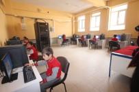 TAŞIMALI EĞİTİM - Beyşehir Belediyesi, Okulun Bilişim Sınıfının Bilgisayarlarını Tamamen Yeniledi