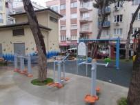 TAHTEREVALLI - Efeler'de Tarık Şengüroğlu Parkı Yeniledi