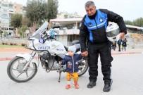 MEHMET ÇELIK - Hafta İçi Zabıta, Hafta Sonu Gönüllü Sutopu Antrenörü