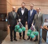 FEDERASYON BAŞKANI - Hidayet Türkoğlu, İzmit'te Basketbol Topu Dağıtacak