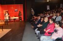 KAYALı - Kuşadası Belediye Tiyatrosu Yeni Oyununu Sahneye Koydu