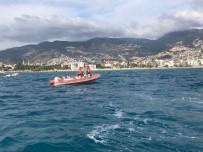 KAYNAR - Sahil Güvenlik Ekiplerinin Anında Müdahalesiyle Boğulmaktan Kurtuldu