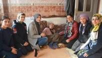 YAŞ SINIRI - Torbalı'da Evde Bakım Yüzlerce Kişiye Ulaştı