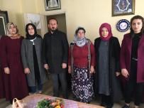 TÜRK ORDUSU - Ülkü Ocakları Bayburt İl Başkanlığı Asena Biriminden Şehit Ailelerine Ziyaret