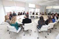 MUSTAFA BOZBEY - Başkan Bozbey Kahvaltıyı Çalışanlarla Yaptı