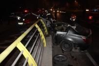 GİZLİ BUZLANMA - Gizli Buzda Kayan Otomobil Köprü Korkuluğuna Çarptı Açıklaması  2 Ölü, 1 Yaralı