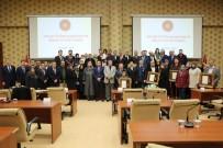 DUMLUPıNAR ÜNIVERSITESI - Kütahya'da 7 Şehit Ailesi İle 3 Gaziye Devlet Övünç Madalyası Ve Beratı Verildi